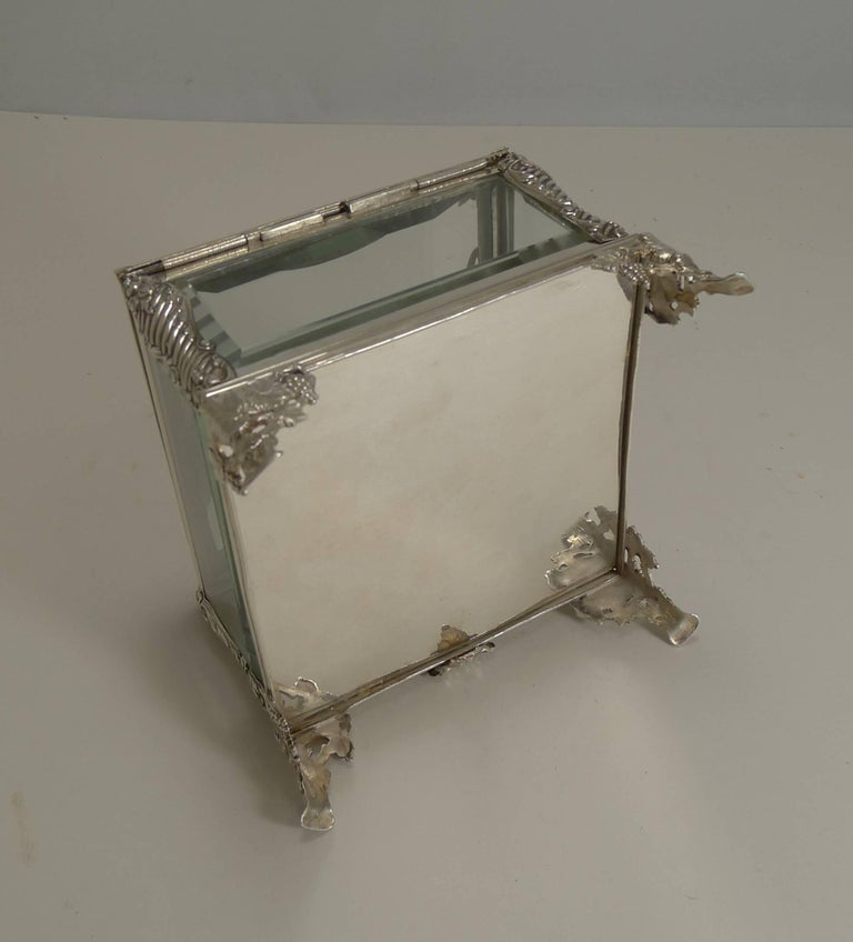 French Art Nouveau Silver Plate and Enamel Jewelry Box, circa 1900 For Sale 1