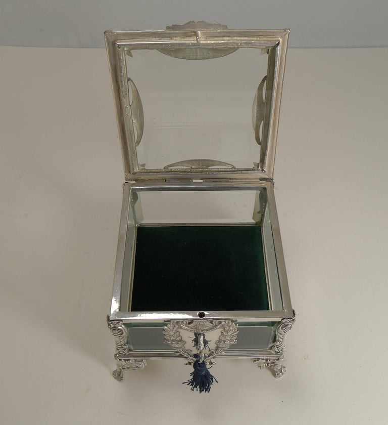 French Art Nouveau Silver Plate and Enamel Jewelry Box, circa 1900 For Sale 5