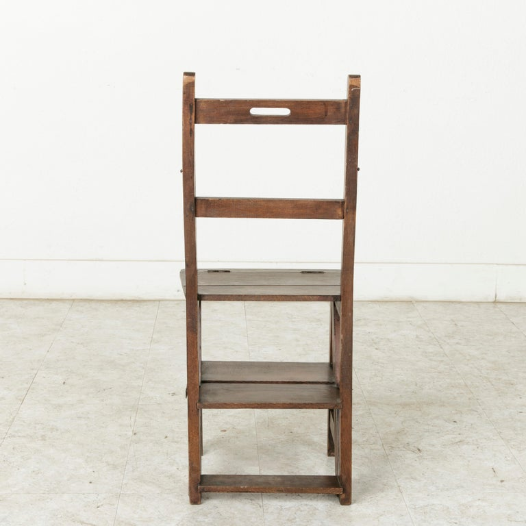 French Artisan-Made Oak Folding Ladder Chair or Library Ladder, circa 1900 For Sale 1