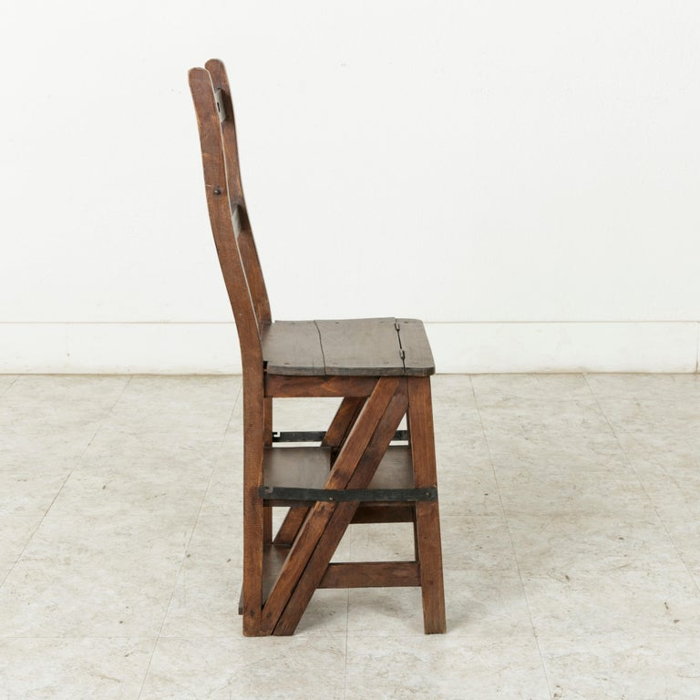 French Artisan-Made Oak Folding Ladder Chair or Library Ladder, circa 1900 For Sale 2