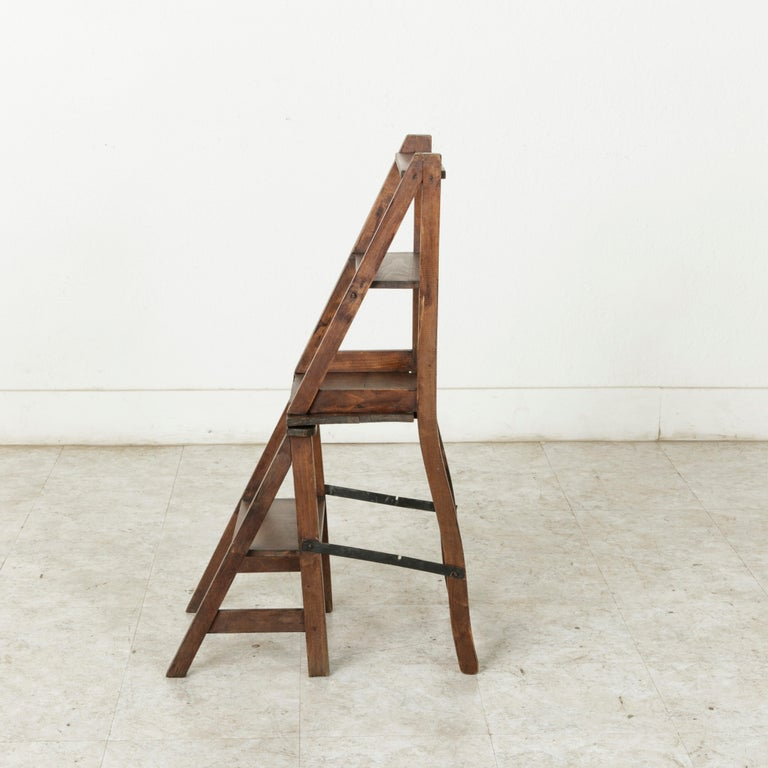 French Artisan-Made Oak Folding Ladder Chair or Library Ladder, circa 1900 For Sale 4