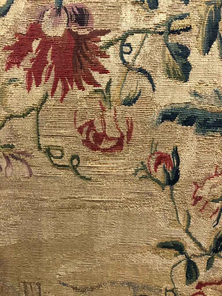 French Aubusson Canape, 18th Century For Sale 1