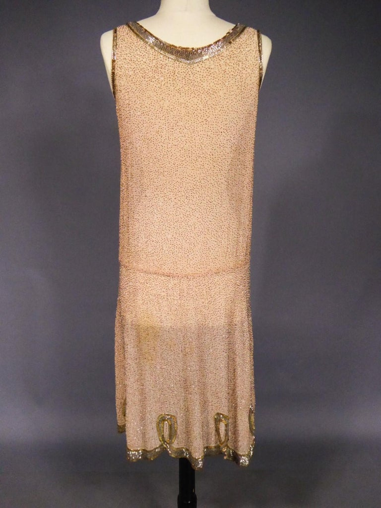 French Beaded and sequins embroidered Couture Flapper Dress Circa 1925 For Sale 5