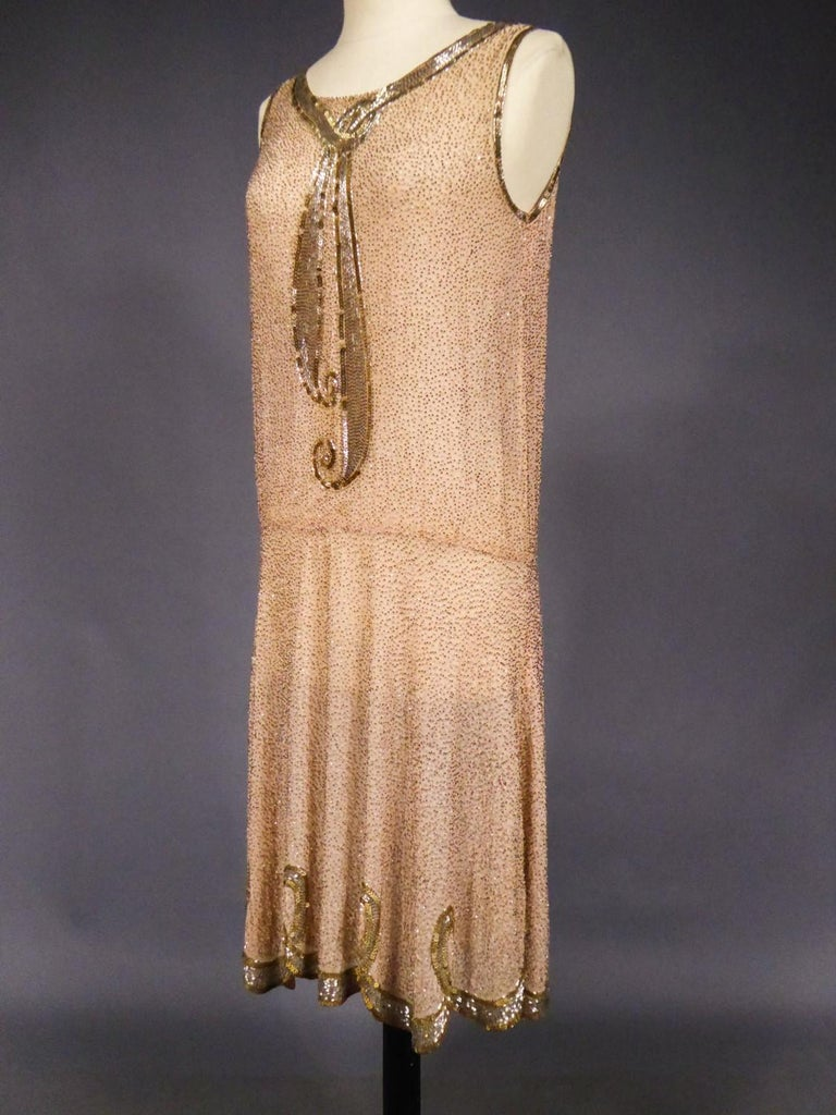 French Beaded and sequins embroidered Couture Flapper Dress Circa 1925 For Sale 2