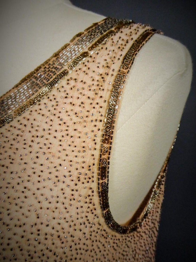 French Beaded and sequins embroidered Couture Flapper Dress Circa 1925 For Sale 3
