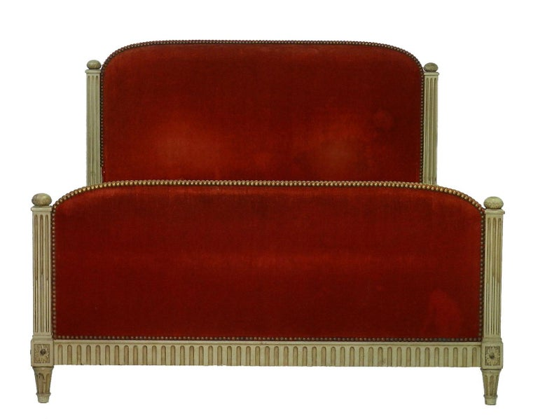 French Bed US Queen UK King Size Art Deco Louis XVI Revival, circa 1920 In Good Condition For Sale In France, GB