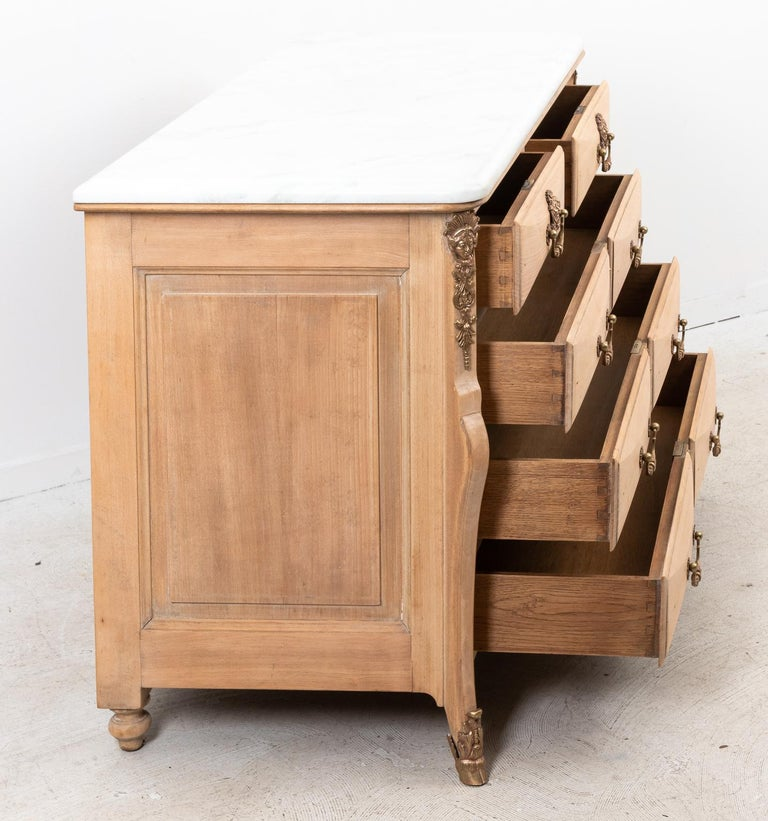 French Beechwood Chest of Drawers with Marble Top For Sale 1