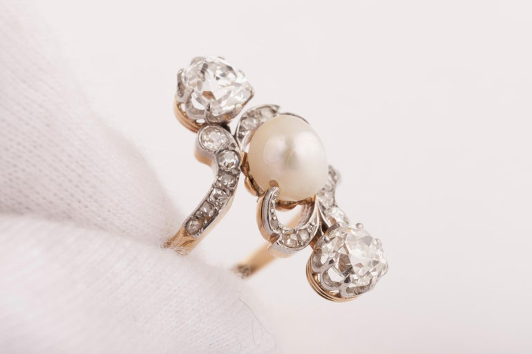 French Belle Époque Crossover Diamond and Pearl Ring For Sale 2