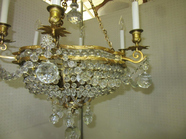 Italian French Belle Époque Gilt Bronze Chandelier with Cut Crystal Elements For Sale