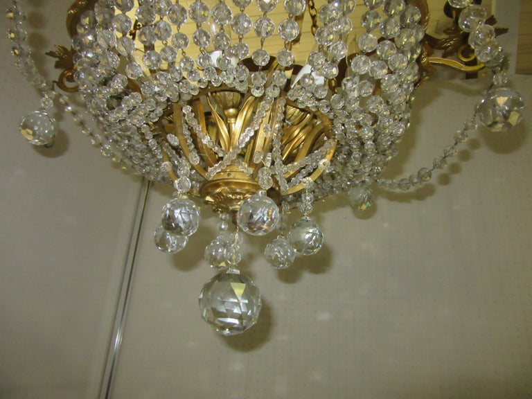 French Belle Époque Gilt Bronze Chandelier with Cut Crystal Elements In Good Condition For Sale In New York, NY