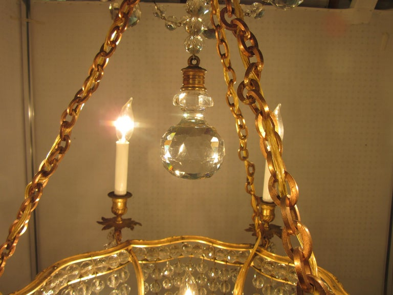French Belle Époque Gilt Bronze Chandelier with Cut Crystal Elements For Sale 2