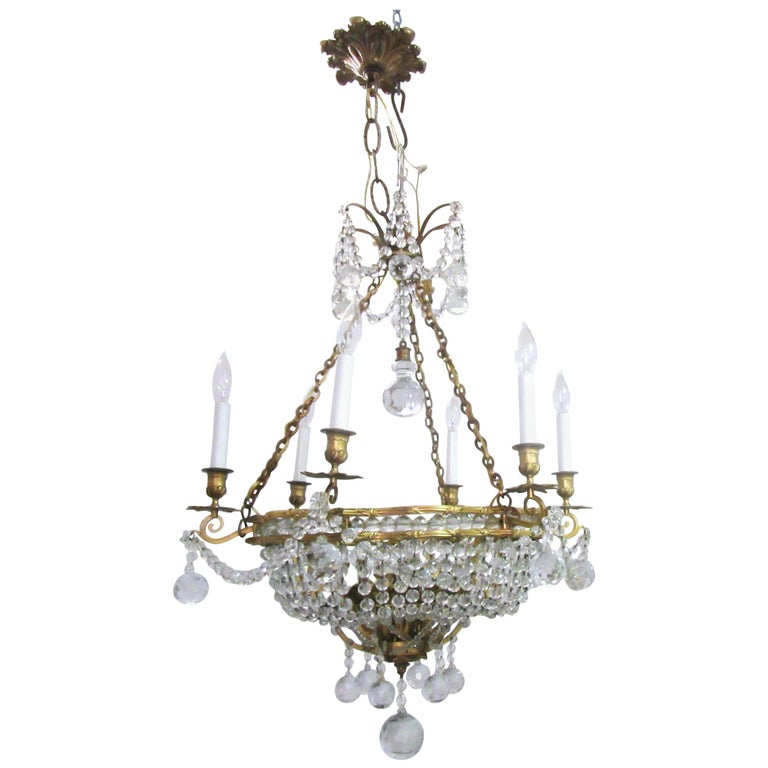 French Belle Époque Gilt Bronze Chandelier with Cut Crystal Elements For Sale