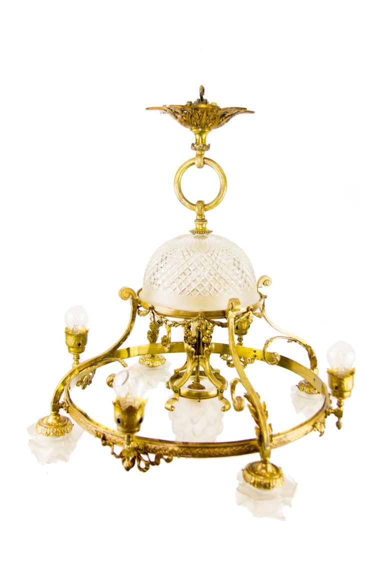 A very beautiful French Belle Époque early 20th century bronze and frosted and cut-glass