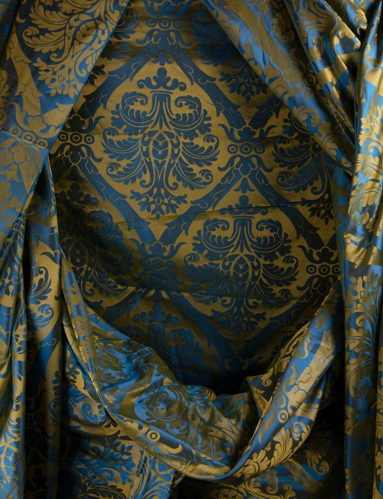 French Blue and Gold Silk Woven Scalamandre Style Designer Damask Fabric For Sale 1