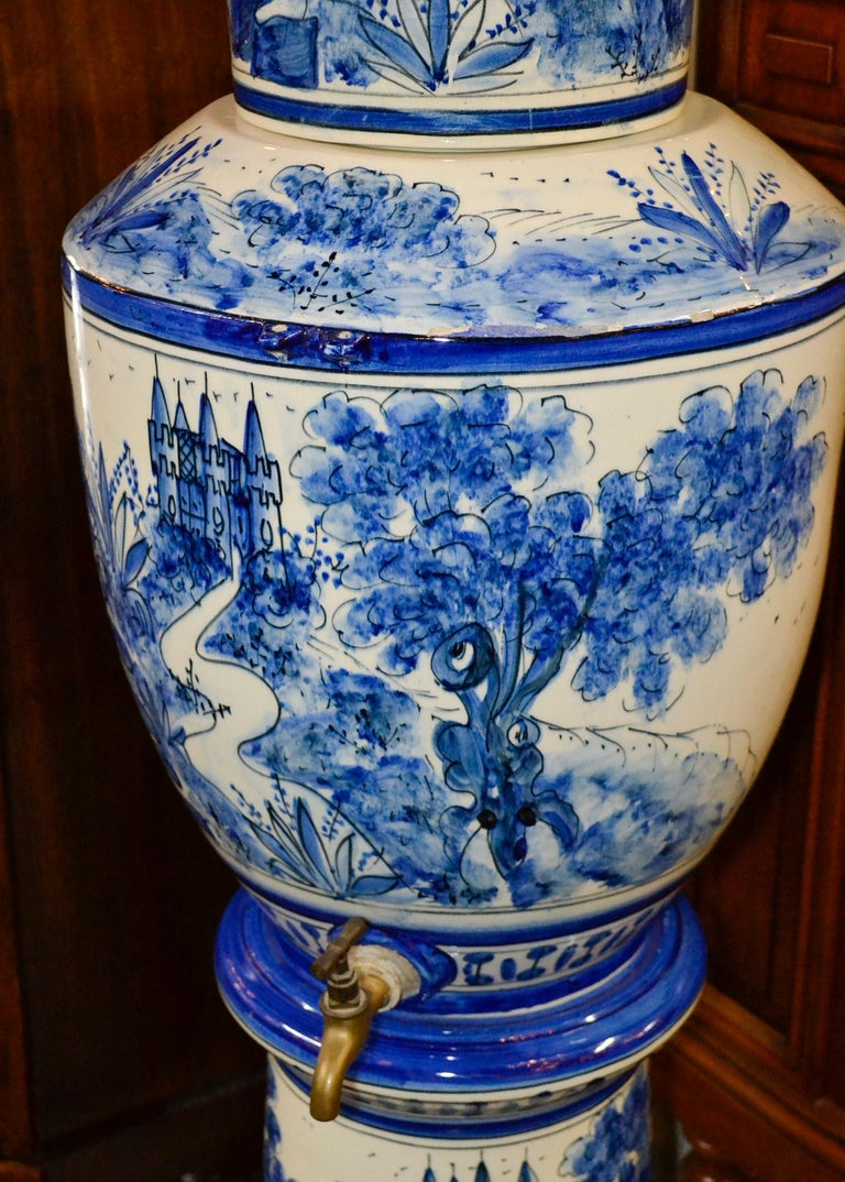 Nice early 20th century French blue and white lavabo.