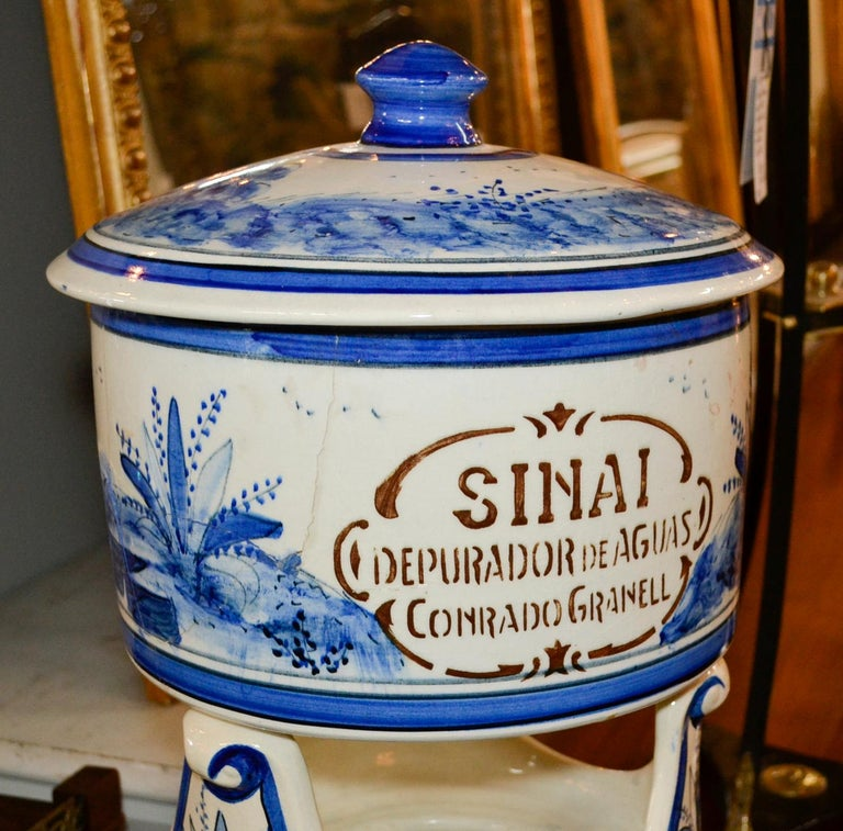 Early 20th Century French Blue and White Lavabo For Sale