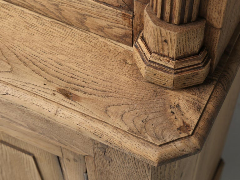 French Bookcase Mid-1800's in Exceptional Unrestored Condition Weathered Oak For Sale 6