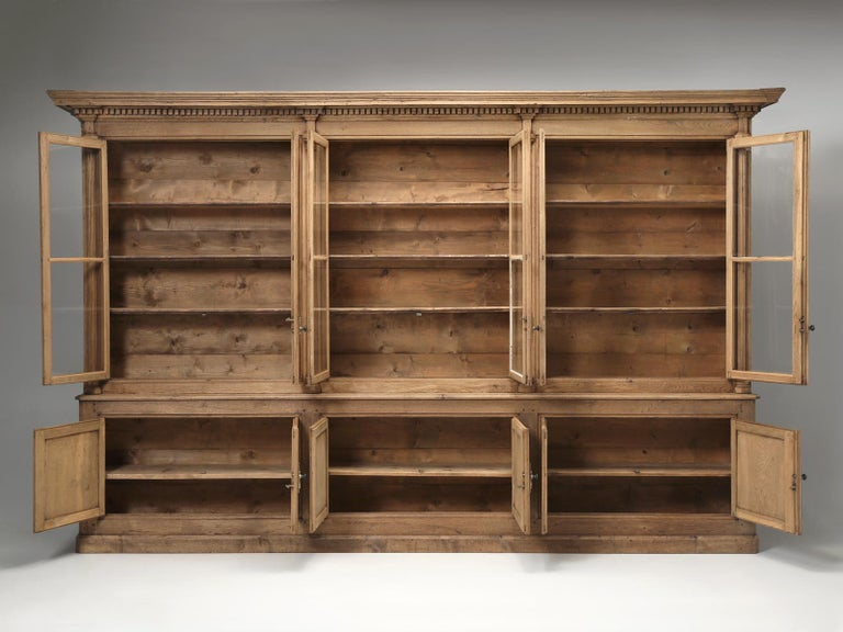 French Bookcase Mid-1800's in Exceptional Unrestored Condition Weathered Oak For Sale 13