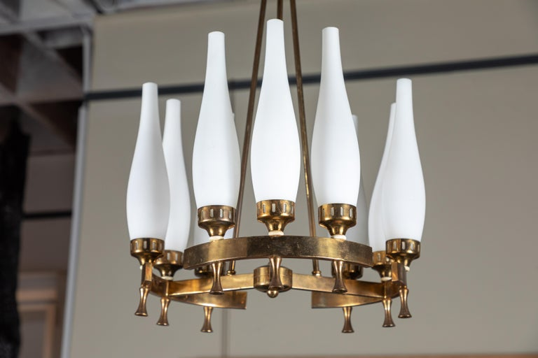 French Brass and Frosted Glass Torlesco Chandelier For Sale 2