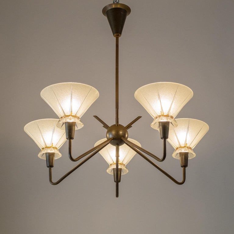 Mid-Century Modern French Brass and Glass Chandelier, 1950s For Sale