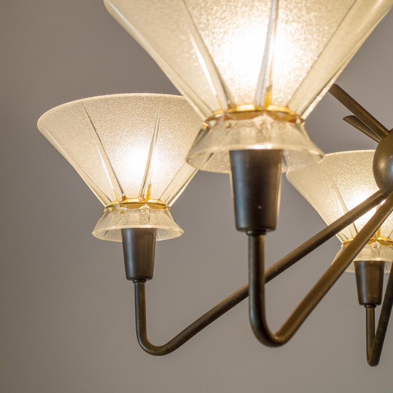French Brass and Glass Chandelier, 1950s In Good Condition For Sale In Vienna, AT