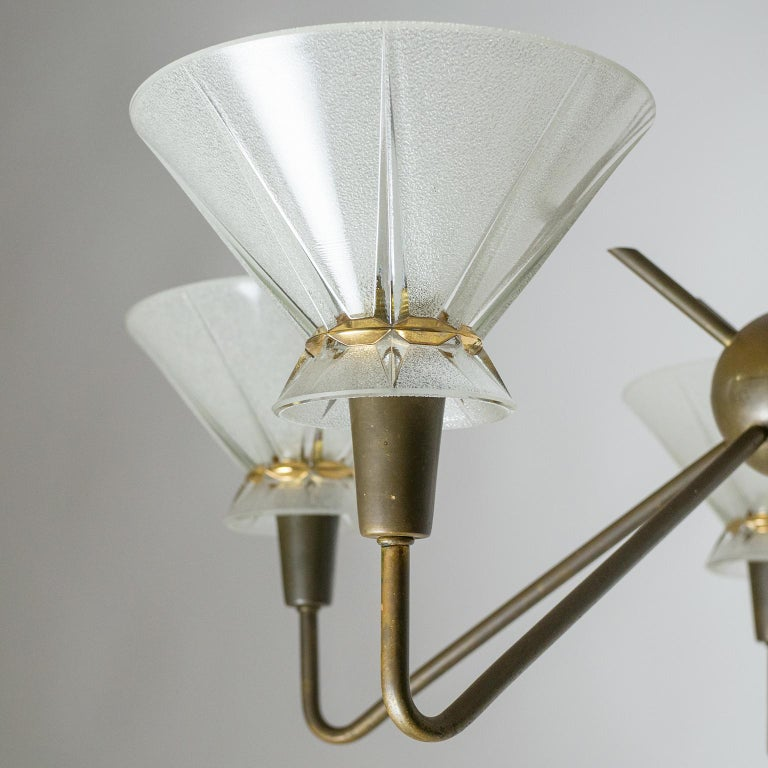 Mid-20th Century French Brass and Glass Chandelier, 1950s For Sale