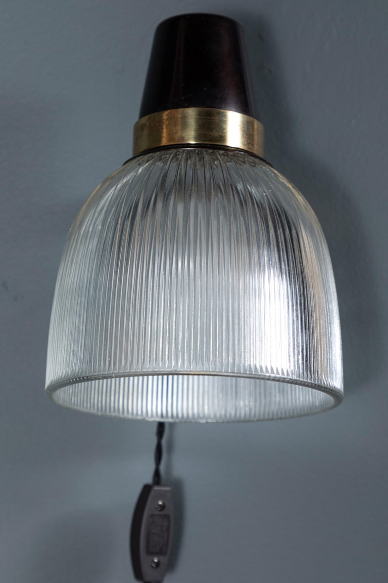 French Brass and Glass Sconce For Sale 2