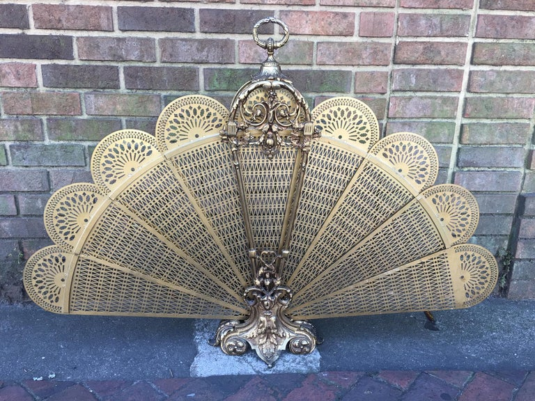 French Brass Decorative Pierced Folding Fire Place Fan Screen, 19th Century For Sale 4