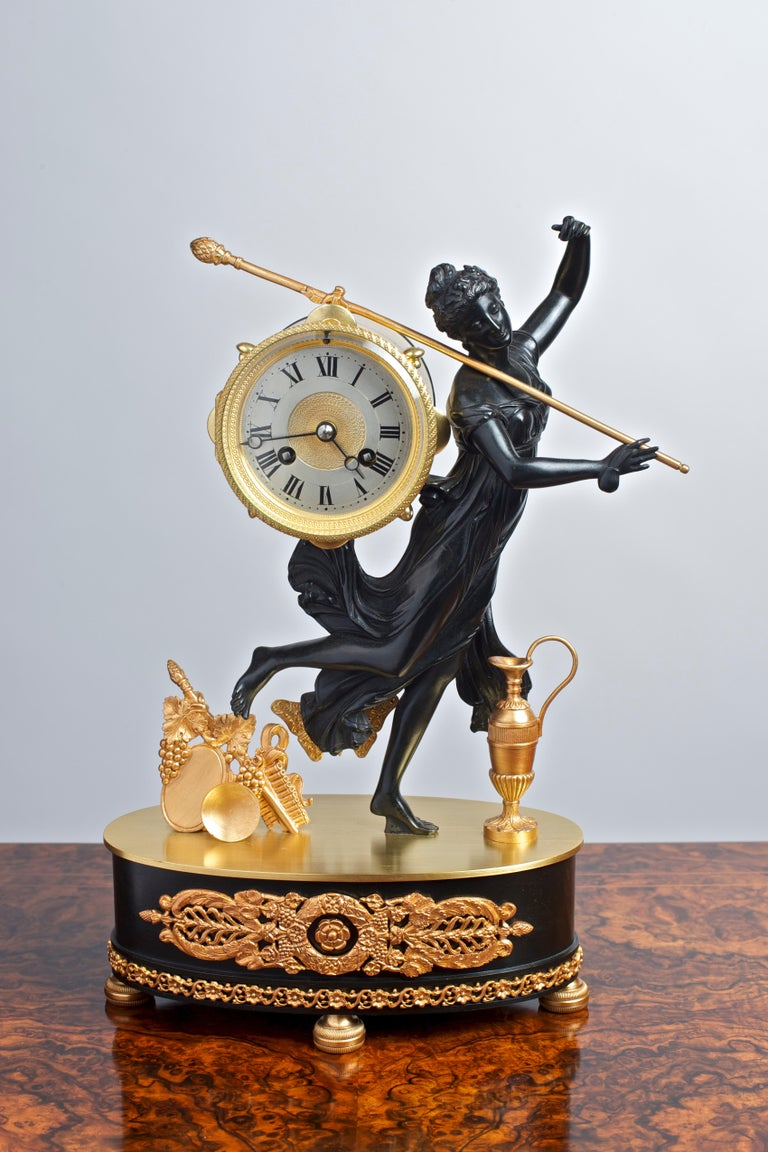 French Bronze and Ormolu Mantel Clock In Good Condition For Sale In Norwich, GB