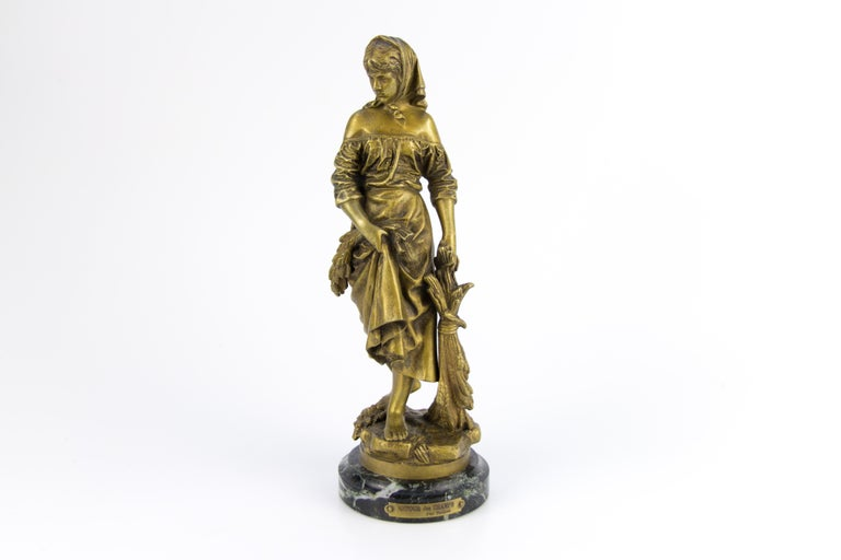 "French Bronze Figure ""Retour des Champs"" by Eutrope Bouret In Good Condition For Sale In Barntrup, DE"