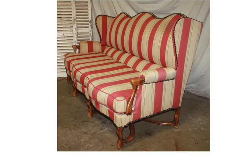 French Canape, Louis XIV Style In Good Condition For Sale In Atlanta, GA