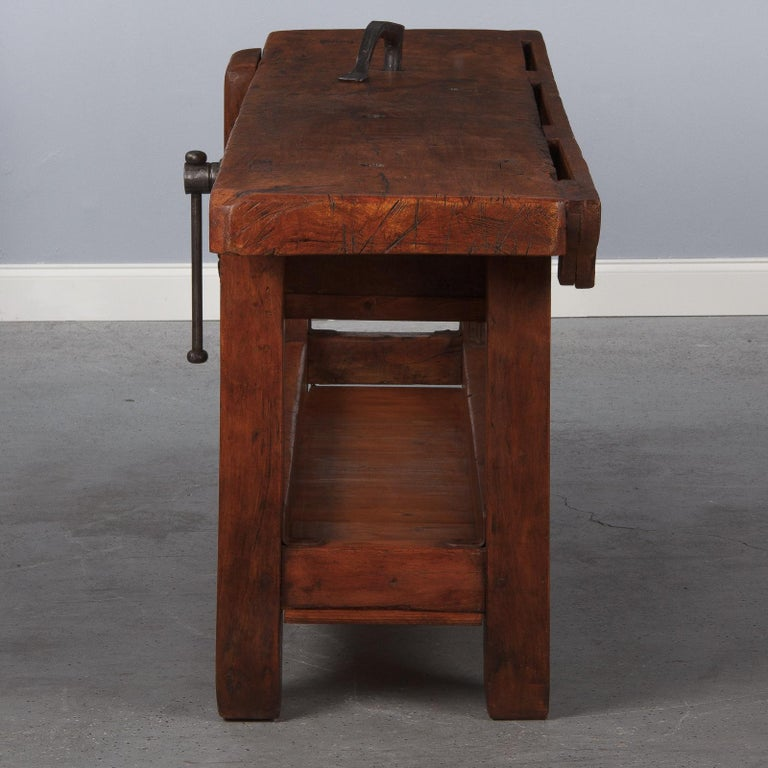 French Carpenter's Workbench in Beechwood, Dated 1919 For Sale 5