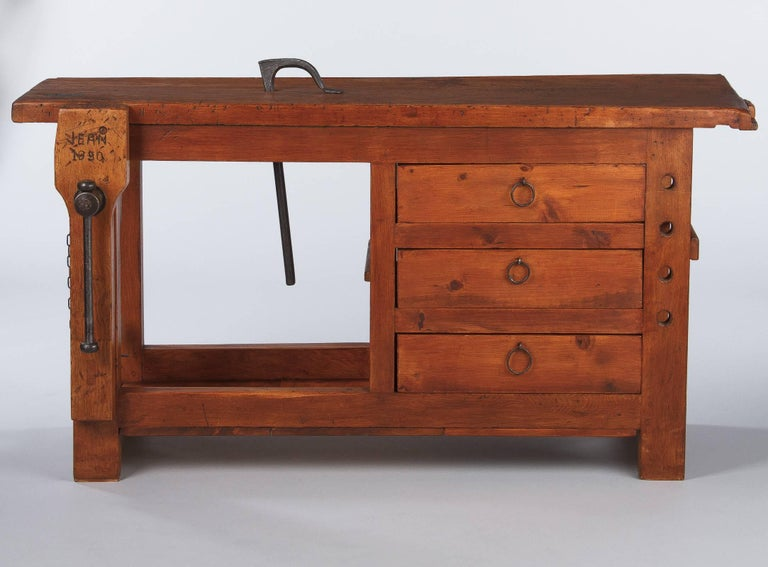 Mid-20th Century French Carpenter's Workbench in Elm, 1950s For Sale