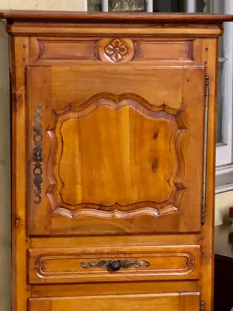 Hand-Carved French Carved Cherry Louis XV Style Bonnetiere with Superbly Fielded Panel Doors For Sale