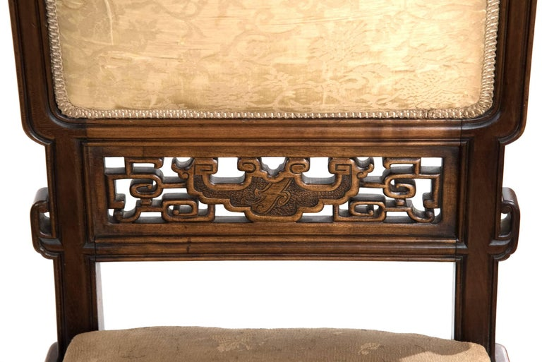 French Carved Walnut and Silk Upholstered Chinoiserie Seating Set For Sale 2