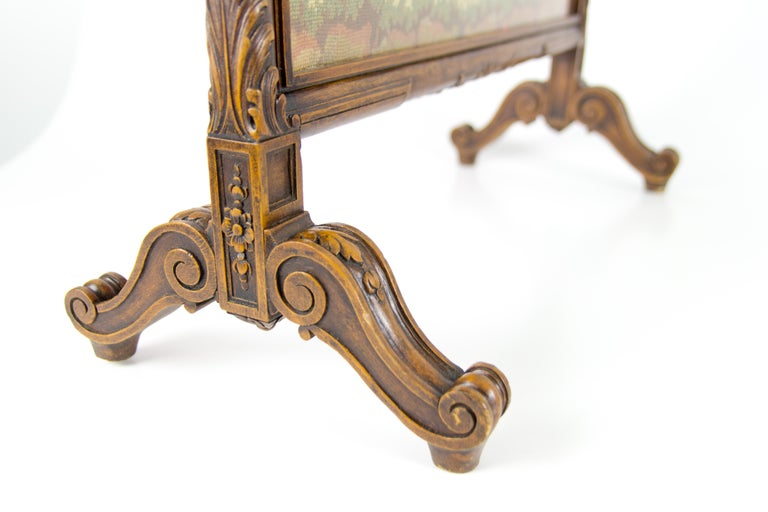 Louis XVI French Carved Walnut Fire Screen with Needlepoint Panel For Sale