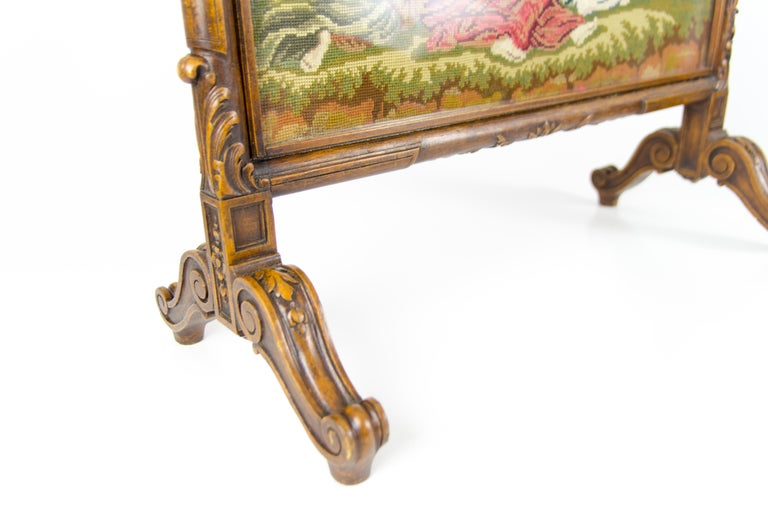 French Carved Walnut Fire Screen with Needlepoint Panel For Sale 3