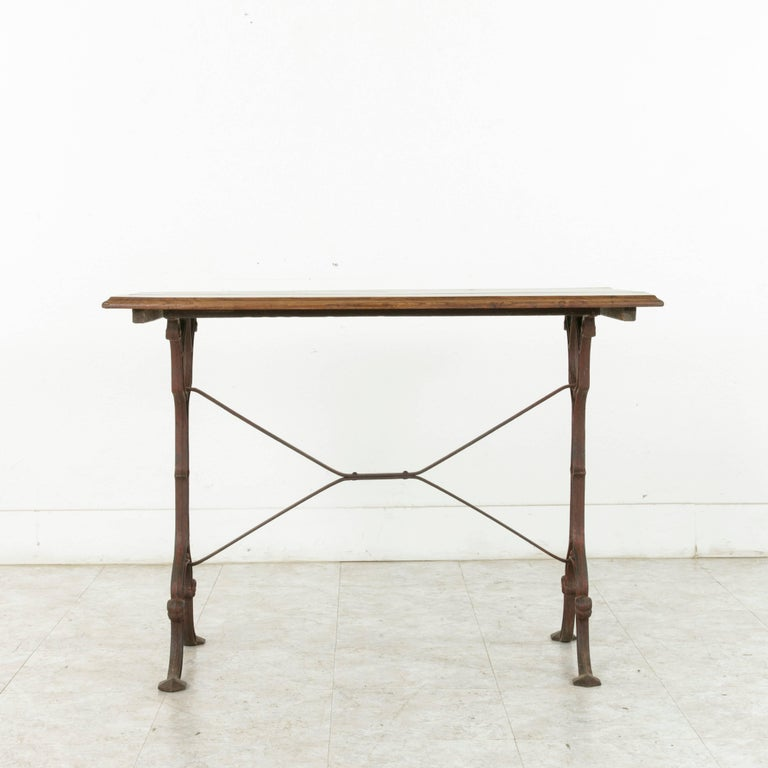 French Cast Iron Bistro Table or Cafe Table with Oak Top, circa 1900 For Sale 1