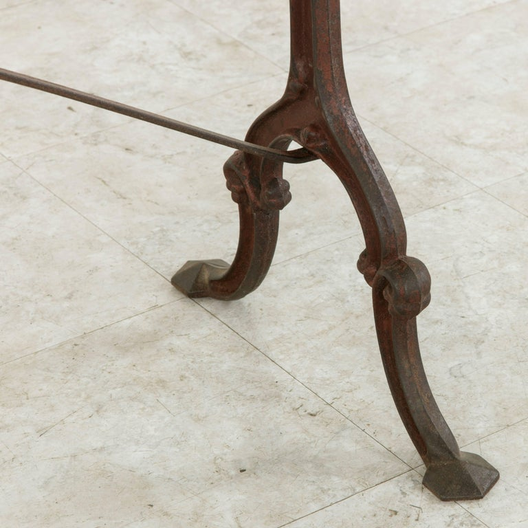 French Cast Iron Bistro Table or Cafe Table with Oak Top, circa 1900 For Sale 4