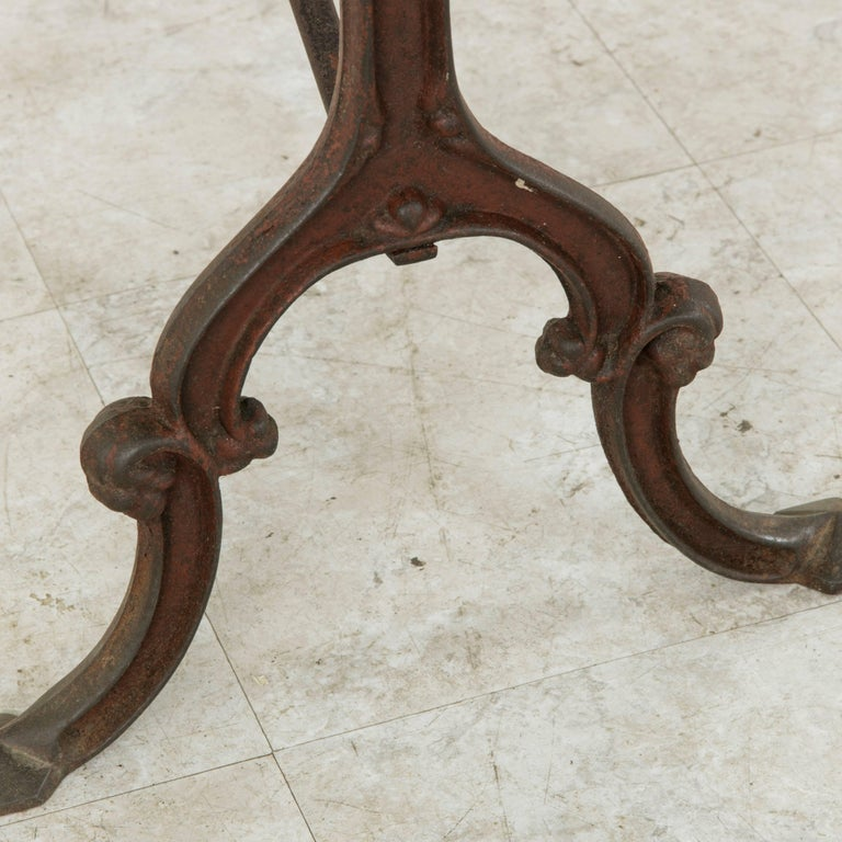 French Cast Iron Bistro Table or Cafe Table with Oak Top, circa 1900 For Sale 5