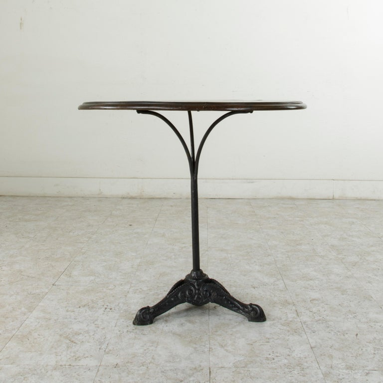 French Cast Iron Bistro Table or Cafe Table with Round Walnut Top, circa 1900 For Sale 1