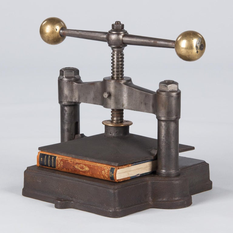 French Cast Iron Book Press, Early 1900s For Sale 3