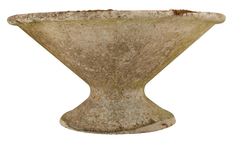 French Cast Stone Saucer Planter In Good Condition For Sale In Chicago, IL