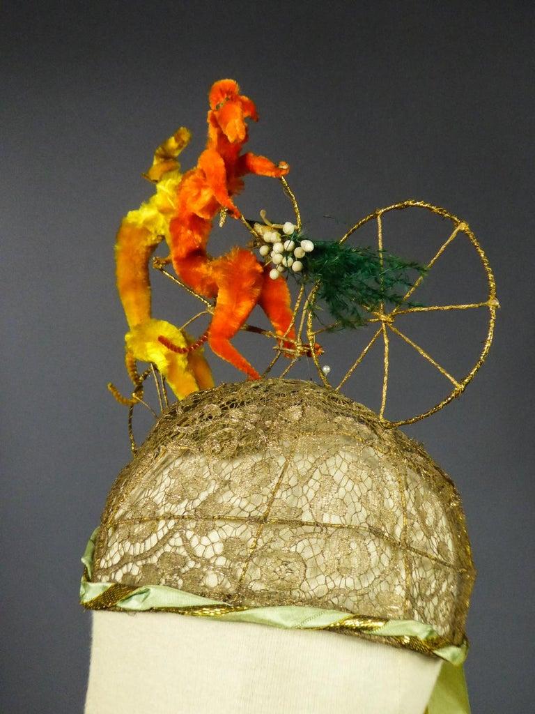 French Catherinette Dramatic Bibi Chenillé Headdress - Art Deco Period 1920/1930 For Sale 6