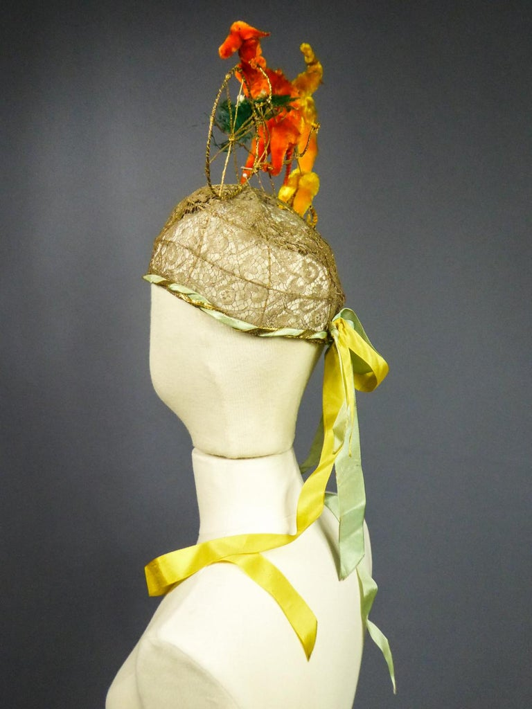 French Catherinette Dramatic Bibi Chenillé Headdress - Art Deco Period 1920/1930 For Sale 7