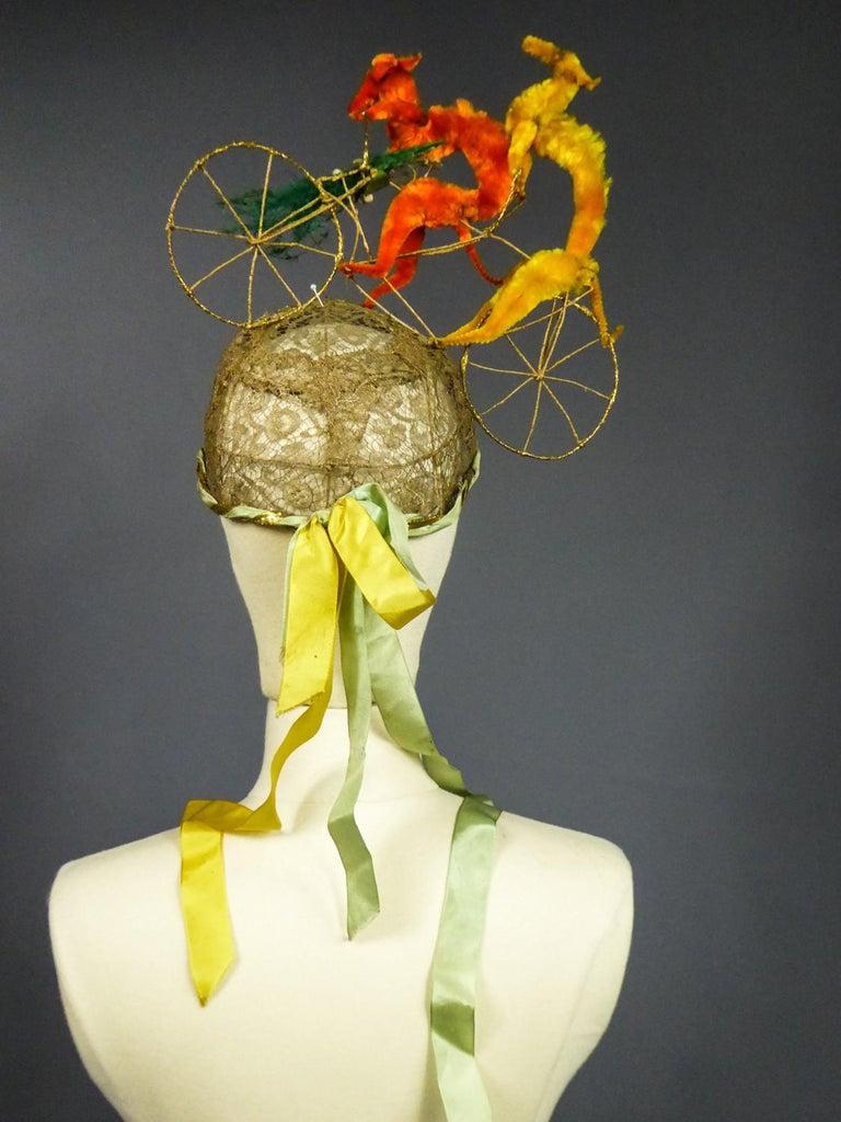 French Catherinette Dramatic Bibi Chenillé Headdress - Art Deco Period 1920/1930 For Sale 8