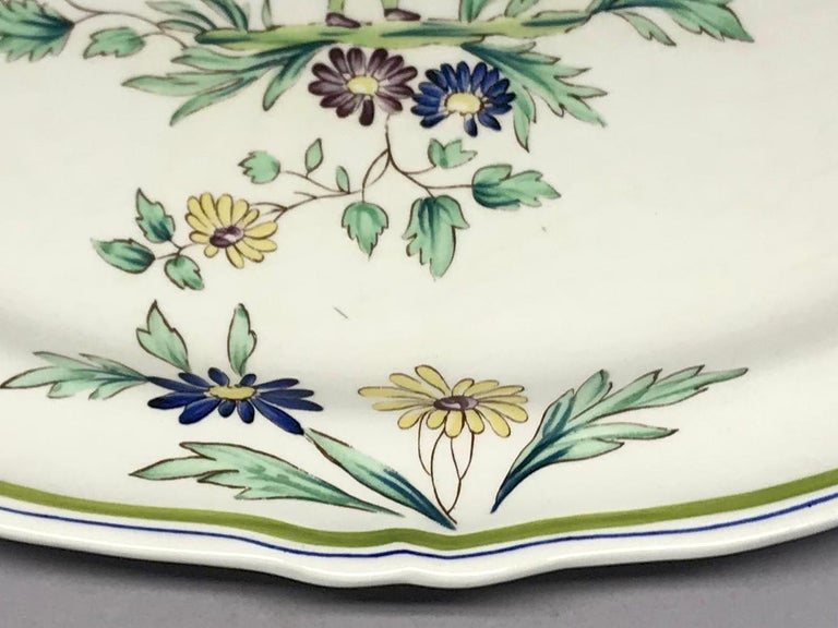 French Ceramic Painted Chinoiserie Platter In Good Condition For Sale In New York, NY