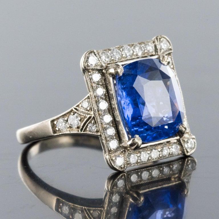 Art Deco Style French 5 Carat Ceylon Sapphire Diamond 18 Karat White Gold Ring For Sale 2
