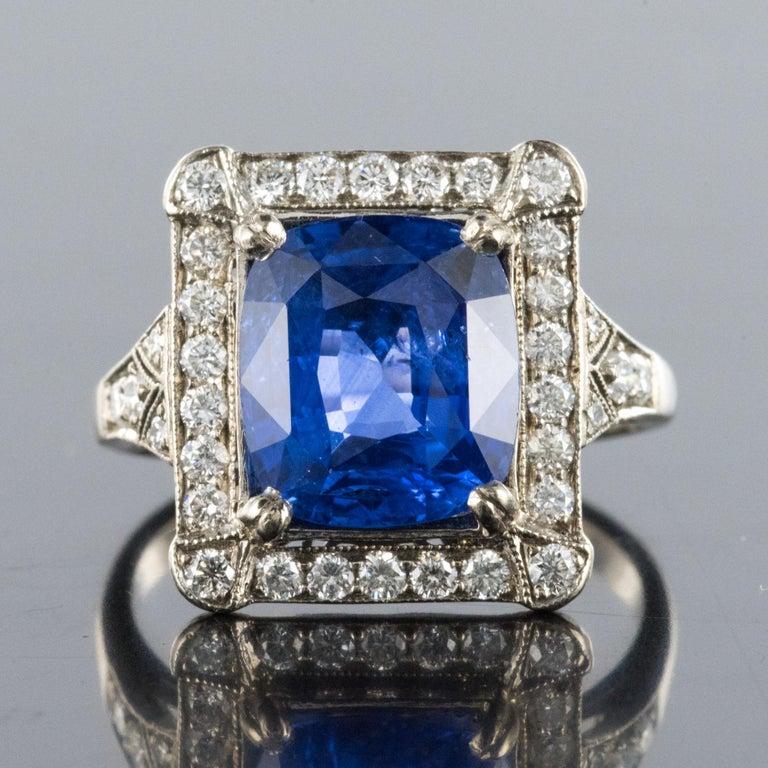 Art Deco Style French 5 Carat Ceylon Sapphire Diamond 18 Karat White Gold Ring For Sale 3
