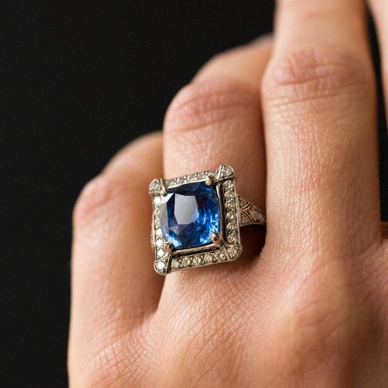 Women's Art Deco Style French 5 Carat Ceylon Sapphire Diamond 18 Karat White Gold Ring For Sale